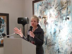 Univ. Prof. Dr. Martina Pippal holding a speech