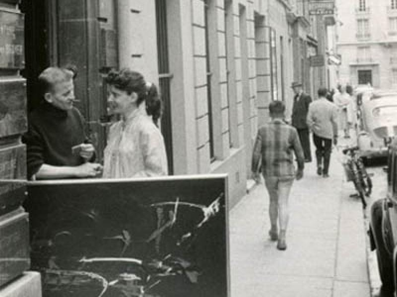 Soshana with artist in front of the studio Academie de Chaumiere   Paris 1956